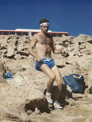 Jim Heidelberg - Coming off the summit in 3rd place..1989 Pikes Peak Marathon. Do I look fat?